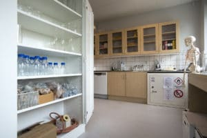 Kemikalieskåp + Gasolskåp - Hålabäcksskola